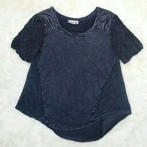 Gimmicks by BKE black washed out tee Small